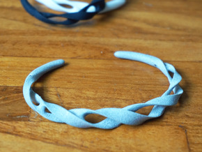 Ribbon Möbius bracelet - Medium in White Natural Versatile Plastic