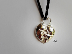 Kitty Heart Pendant in Polished Silver