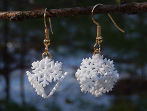 Snowflake Earrings 4 (smaller) in White Natural Versatile Plastic