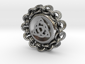 Celtic Chainmail Pendant in Polished Silver