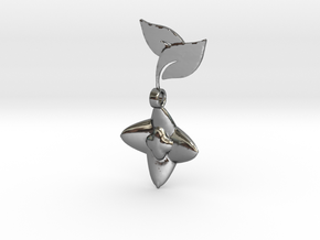 Blooming Berry Pendant in Fine Detail Polished Silver