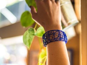 Truss Cuff (sz L) in Blue Strong & Flexible Polished