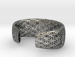 Flower Of Life Bracelet (Medium)  in Polished Silver