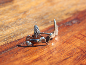 Hummingbird Earrings in Polished Silver