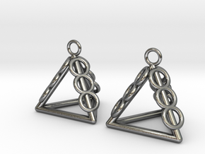 Pyramid triangle earrings serie 3 type 1 in Polished Silver