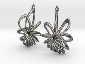 Nova Earrings in Polished Silver