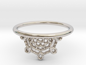 Half Lace Ring - Size 7.5 in Rhodium Plated Brass: 7.5 / 55.5