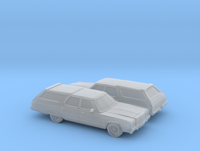 1/160  2X  1977 Chrysler Town and Country in Smooth Fine Detail Plastic