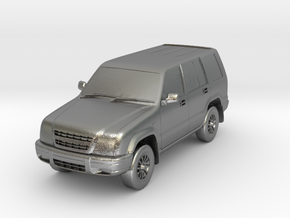 1:160 Isuzu Trooper in Natural Silver