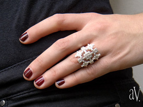 Lith Pattern Cross Ring in Raw Silver