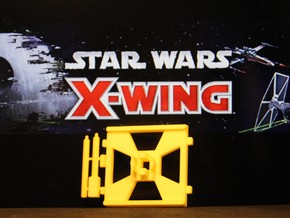 X-Wing Gaming Base (Small), 1 Base in Yellow Processed Versatile Plastic