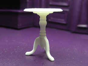 1:24 Colonial Side Table in White Natural Versatile Plastic