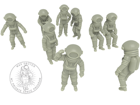 Classic Astronauts Set /1:72 in White Natural Versatile Plastic