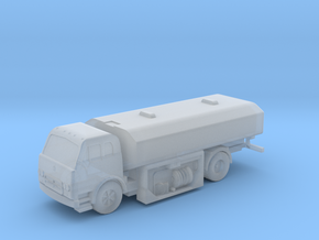 1:144 Scale International Harvester Fuel Truck in Smooth Fine Detail Plastic