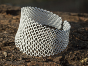 Honeycomb Bracelet  in White Natural Versatile Plastic