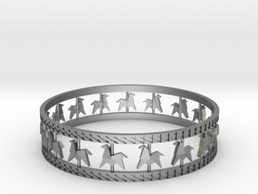 Carousel Band Bangle in Natural Silver: Large