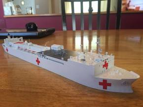 Mercy Class Hospital Ship in White Strong & Flexible: 1:600