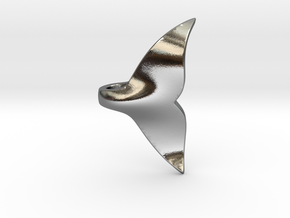 Whale Tail pendant in Polished Silver