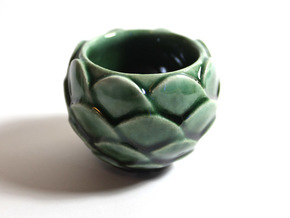 Small Artichoke Cup in Gloss Oribe Green Porcelain