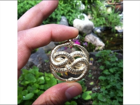 3D-Printed AURYN Medallion in Polished Gold Steel