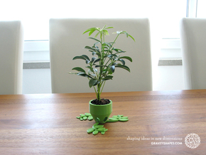 Small Plant Pot (short) in Green Processed Versatile Plastic