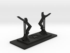 Saber Stand Imperial in Black Natural Versatile Plastic