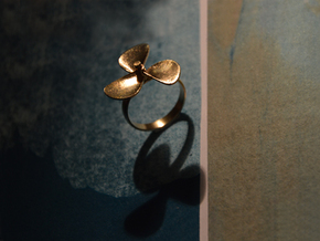 Boat propeller ring in Natural Brass (Interlocking Parts): 6.5 / 52.75