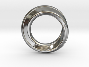 Möbius Strip Ring in Polished Silver