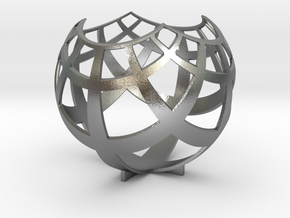 Grid (stereographic projection) in Raw Silver