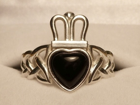 Onyx Claddagh Ring Size 11.5 - NO GEM in Polished Silver