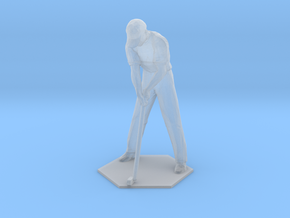 Male Golfer Puttiing in Smoothest Fine Detail Plastic: 1:64 - S