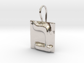 02 Bet Earring in Rhodium Plated Brass