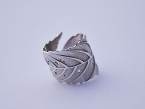 Ash Leaf Ring in Rhodium Plated Brass: 6 / 51.5
