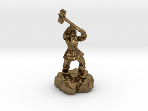 Dwarf Fighter With Warhammer in Natural Bronze
