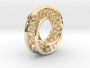 1 Inch Interconnected Moebius in 14K Yellow Gold