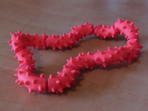 Twisting Links Fidget - Spikes in White Natural Versatile Plastic