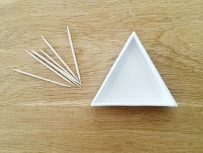 Triangular Plate Small in Gloss White Porcelain