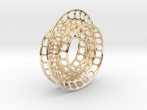 Quarter twist Möbius strip in 14K Yellow Gold