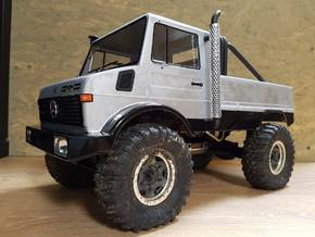 Unimog 425 left exhaust  in White Strong & Flexible