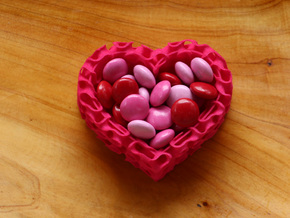 Gyroid Heart Bowl Mini in Pink Processed Versatile Plastic