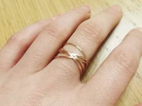 Ring 'Interconnected' / size 7 in Natural Bronze