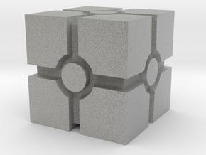 Crate in Metallic Plastic