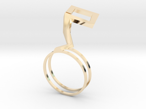 Hana ring in 14k Gold Plated Brass: 8 / 56.75