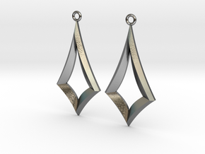 Kite Earrings in Polished Silver