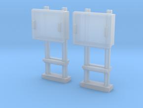 TJ-H04679x2 - Boitiers STM sur poteaux métalliques in Smooth Fine Detail Plastic