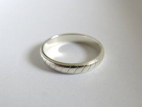 Ring T63 in Fine Detail Polished Silver