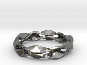 Rose Window Ring in Polished Silver