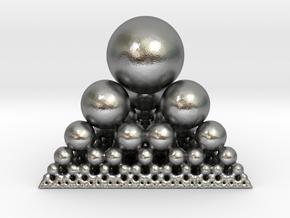 Spheres Sierpinski Tetrahedron in Natural Silver