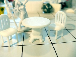 Round Table in White Processed Versatile Plastic