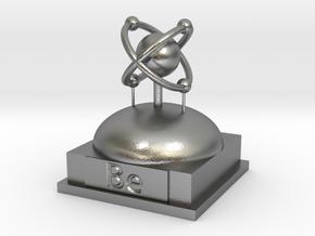 Beryllium Atomamodel in Natural Silver